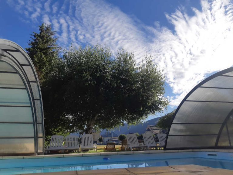 hotel-la-buffe-piscine-exterieur